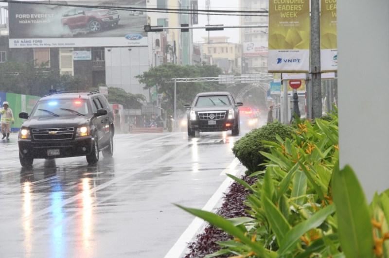 """Xe++ - """"Quái thú"""" Cadillac One của Tổng thống Mỹ lăn bánh tại Đà Nẵng (Hình 7)."""