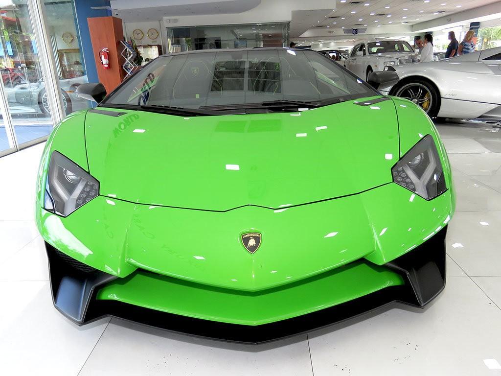 Xe++ - Lamborghini Aventador màu xanh cốm Verde Mantis độc nhất thế giới (Hình 3).