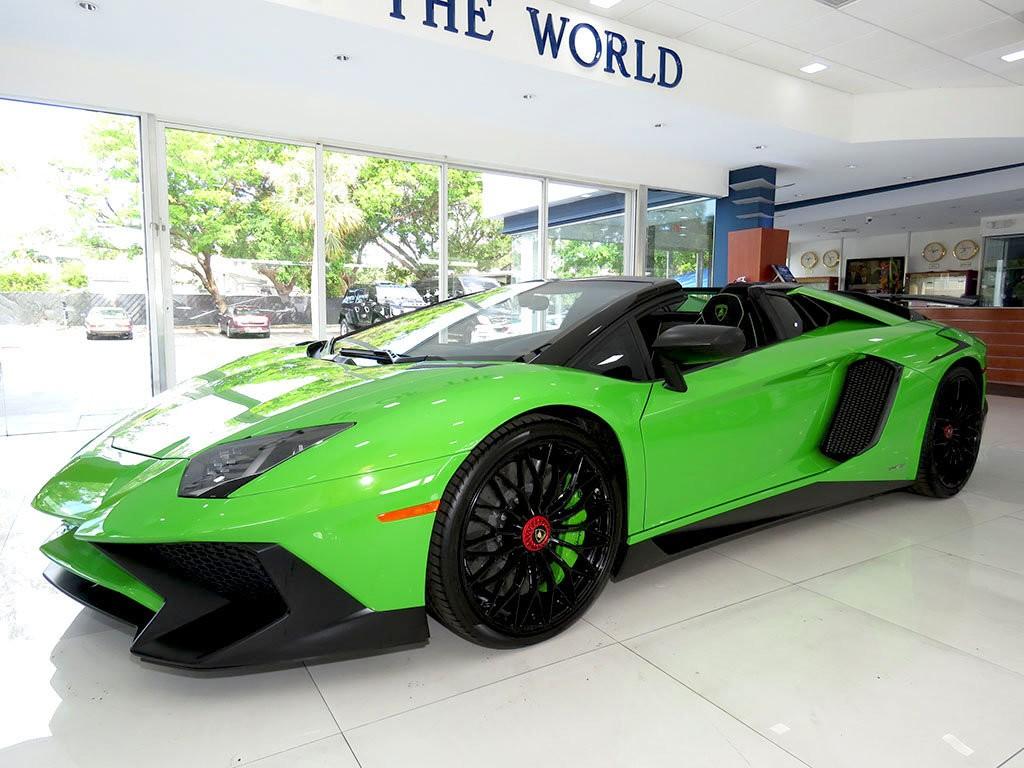 Xe++ - Lamborghini Aventador màu xanh cốm Verde Mantis độc nhất thế giới (Hình 6).