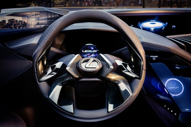 """Xe++ - BMW X1 và Audi Q3 hãy dè chừng SUV """"nhỏ, gọn"""" Lexus UX (Hình 6)."""