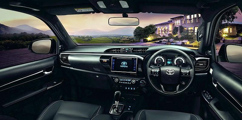 Xe++ - Doanh số thấp, Toyota Hilux Revo facelift ra mắt sớm tại Thái Lan (Hình 3).