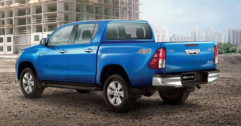 Xe++ - Doanh số thấp, Toyota Hilux Revo facelift ra mắt sớm tại Thái Lan (Hình 6).