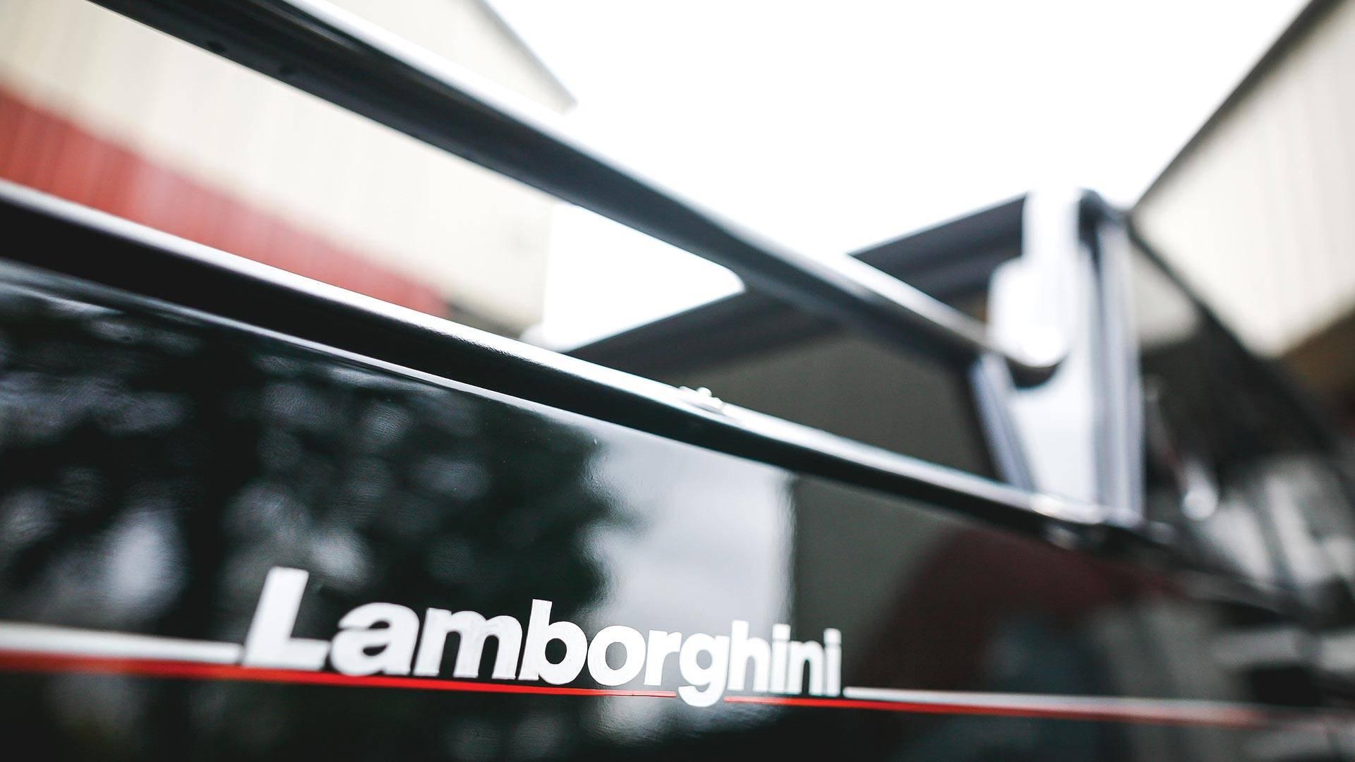 Xe++ - Hàng hiếm SUV LM002 đầu tiên của Lamborghini rao bán 1,134 tỷ đồng (Hình 10).