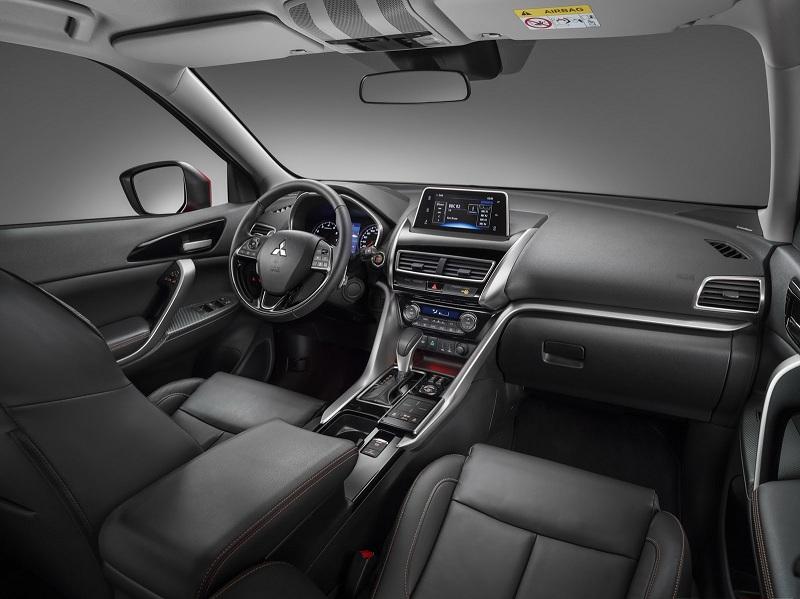 Xe++ - Mitsubishi Eclipse Cross thách thức Mazda CX-5, giá 526 triệu đồng (Hình 4).