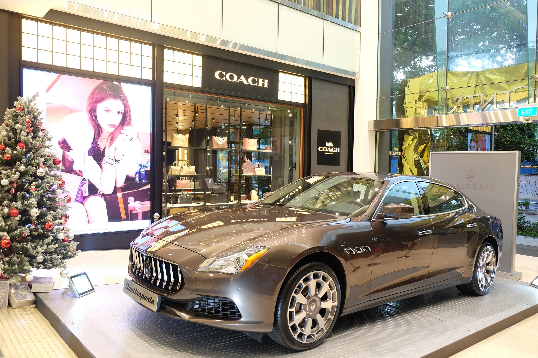 Xe++ - Ngắm Hà Hồ rực rỡ bên 'xế cưng' Maserati Quattroporte độc nhất Việt Nam (Hình 8).