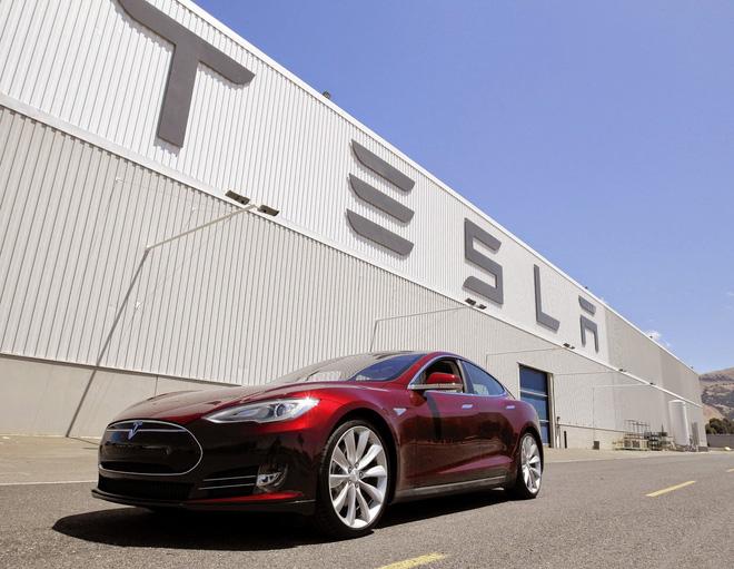 Xe++ - Tesla có thể gây ra tình trạng thiếu hụt pin toàn cầu