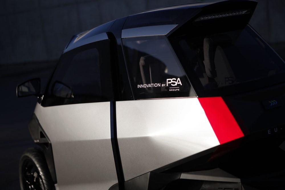 Xe++ - Xe tay ga 3 bánh kì lạ của Peugeot (Hình 4).