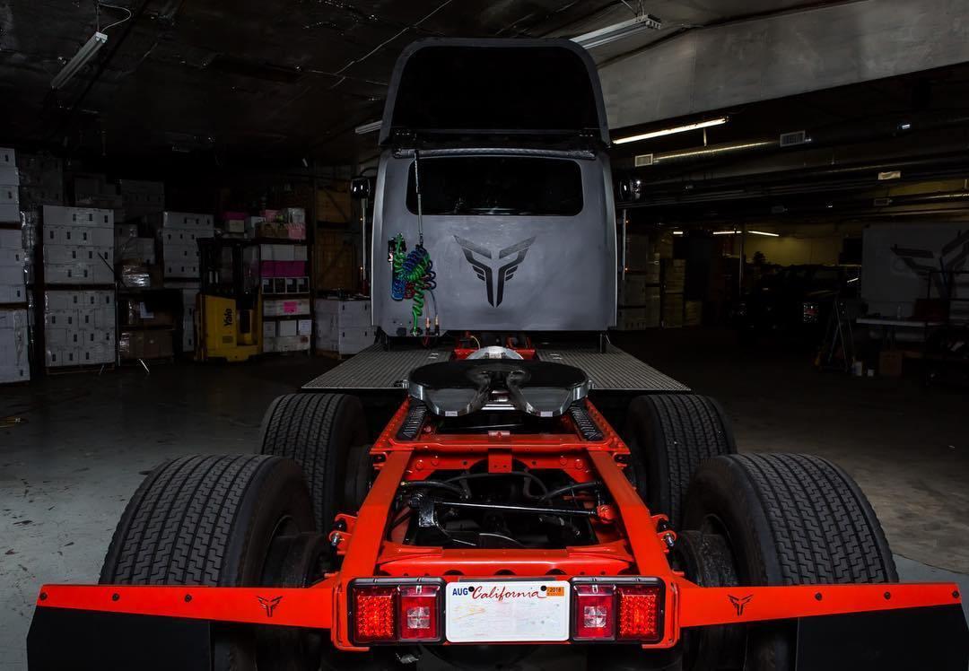 Xe++ - Xe tải điện Thor Trucks ET-One ra mắt, cạnh tranh với Tesla Semi  (Hình 4).