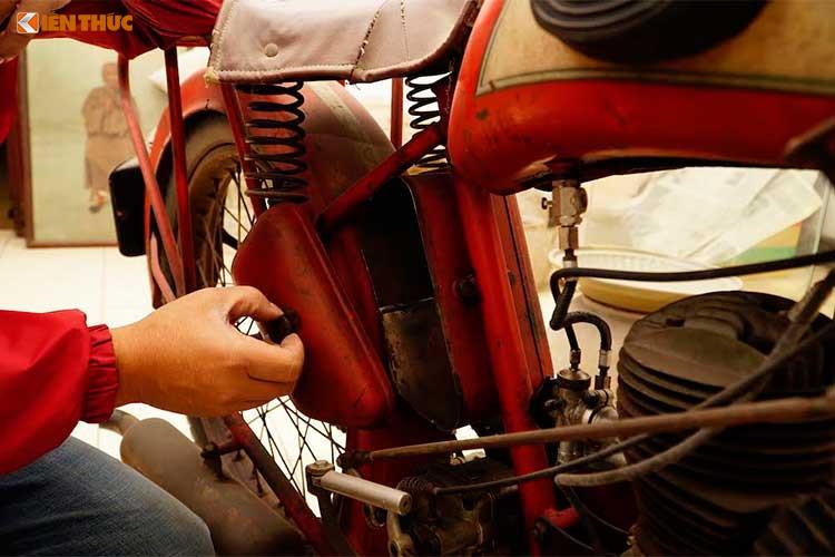 Xe++ - Kho báu xe máy cổ thời Pháp giữa lòng Hà Nội (Hình 4).