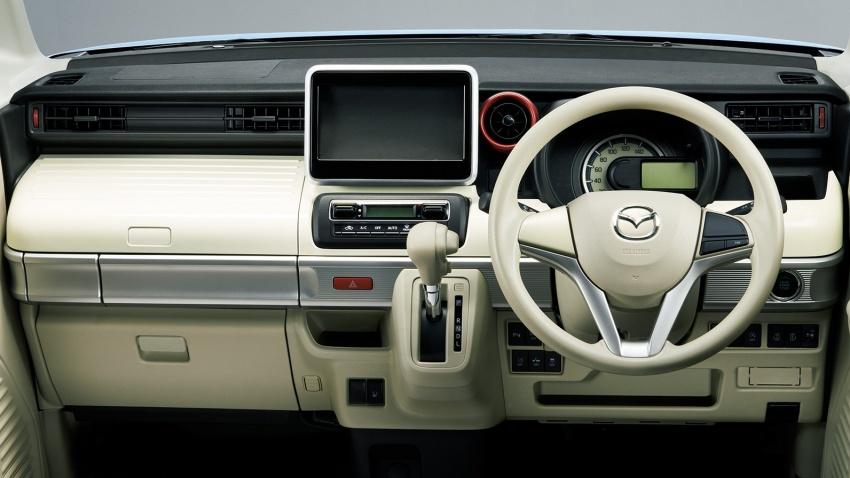"""Xe++ - Mazda giới thiệu ô tô """"hộp diêm"""" Flair Wagon lạ mắt (Hình 2)."""