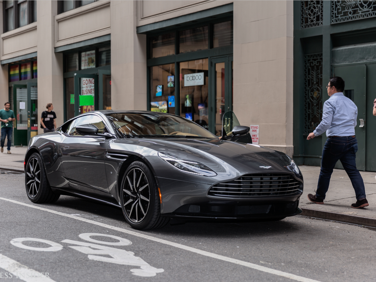 Xe++ - Aston Martin triệu hồi 5.446 xe gây nguy hiểm cho người dùng