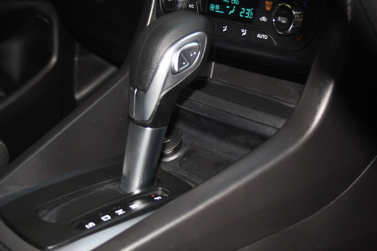 """Thị trường xe - Ford Figo 2018 rục rịch """"lên sàn"""", đối đầu Hyundai i10 (Hình 9)."""