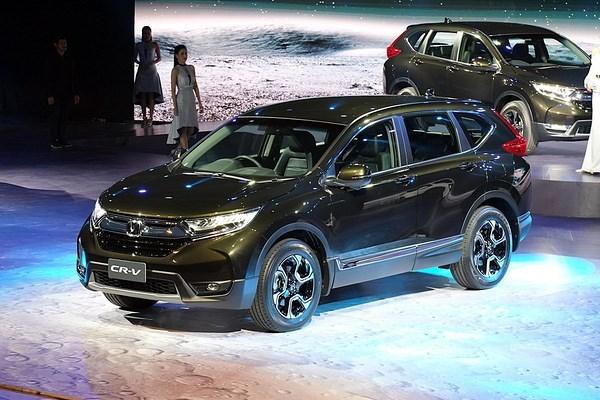 Đánh giá xe - Mua Honda CR-V 2018 tại Việt Nam, người tiêu dùng mất trắng Hyundai i10 (Hình 3).