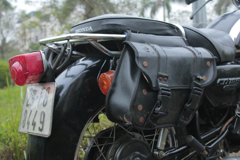 """Thú chơi xe - Chiêm ngưỡng """"Hoàng tử đen"""" vang bóng một thời: Honda Benly CD 125T (Hình 13)."""