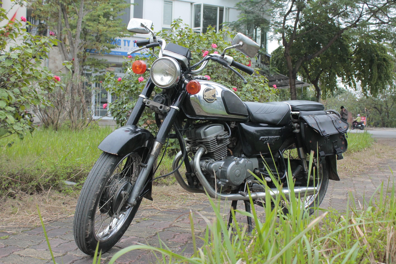 """Thú chơi xe - Chiêm ngưỡng """"Hoàng tử đen"""" vang bóng một thời: Honda Benly CD 125T (Hình 2)."""