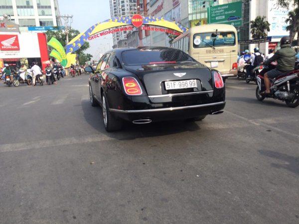 Thú chơi xe - Bentley siêu sang gắn biển khủng chất chơi của đại gia Việt (Hình 9).