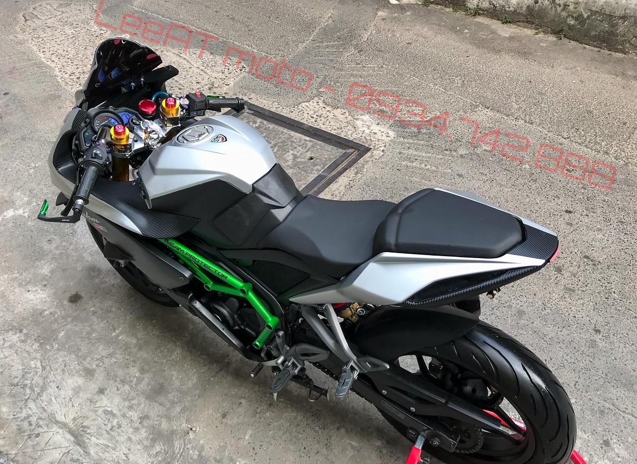 Thú chơi xe - Ngẩn ngơ trước Bajaj Pulsar RS200 độ siêu mô tô Ninja H2R của thợ Việt (Hình 4).