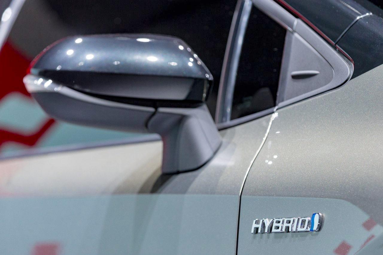 Thị trường xe - Soi kỹ 'của lạ' Toyota Auris 2018 (Hình 6).