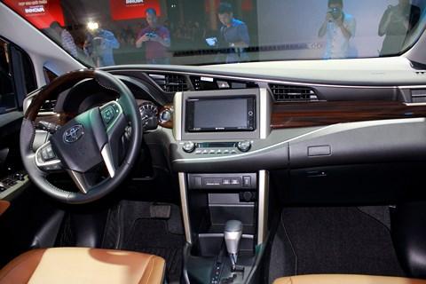 Đánh giá xe - Xe MPV đa dụng Innova: