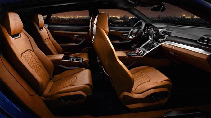 """Thị trường xe - Siêu SUV Lamborghini Urus """"đặt lốp"""" tới Đông Nam Á có giá bao nhiêu? (Hình 5)."""