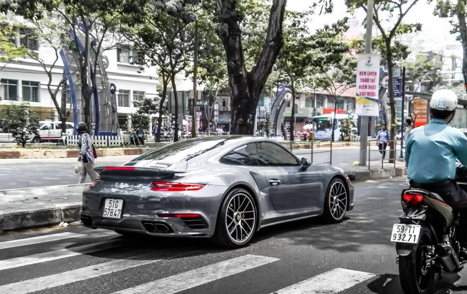 Thú chơi xe - Cận mặt Porsche 911 độc nhất Việt Nam của 'ông trùm cà phê' Đặng Lê Nguyên Vũ