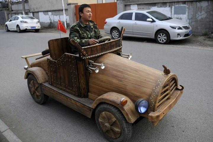 Thú chơi xe - Bất ngờ với ô tô và robot tự chế của dân thường (Hình 2).