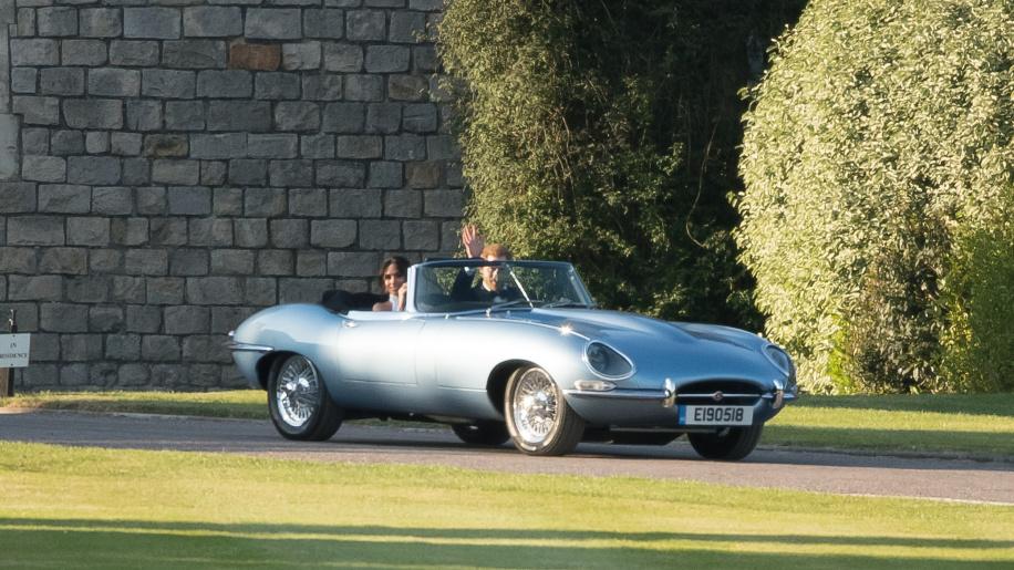Thú chơi xe - Soi chiếc xe cổ trong đám cưới hoàng tử Harry và công nương Meghan Markle (Hình 5).