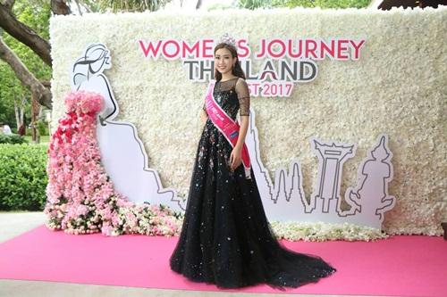 Giải trí - Hoa hậu Mỹ Linh: Hoa hậu Hoàn vũ Pia rất thân thiện, hòa đồng