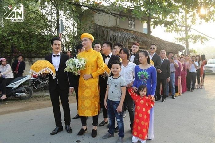 Lâm Khánh Chi cổ nặng trĩu vàng, ngọt như mía lùi với chồng trẻ - Hình 2