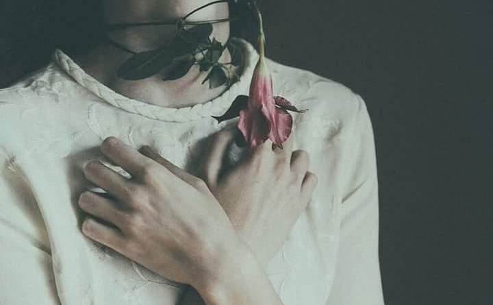 Tâm sự - Tôi muốn yêu chàng trai khiến tôi không còn muốn mạnh mẽ nữa
