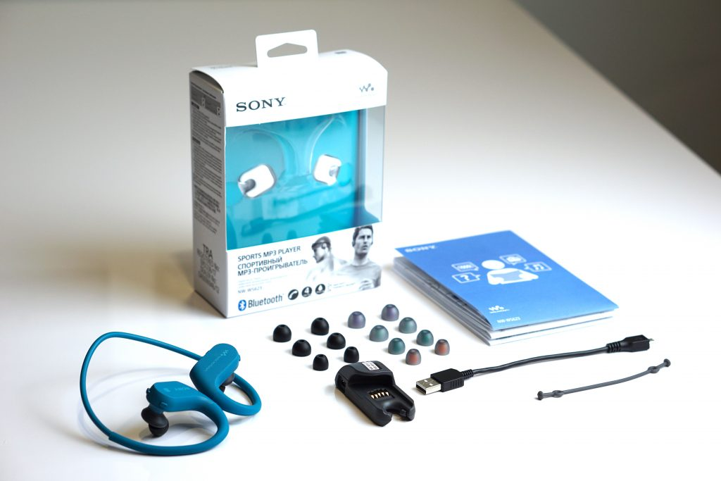 Sản phẩm - Mở hộp Sony NW-WS623, tai nghe Bluetooth kiêm máy nghe nhạc