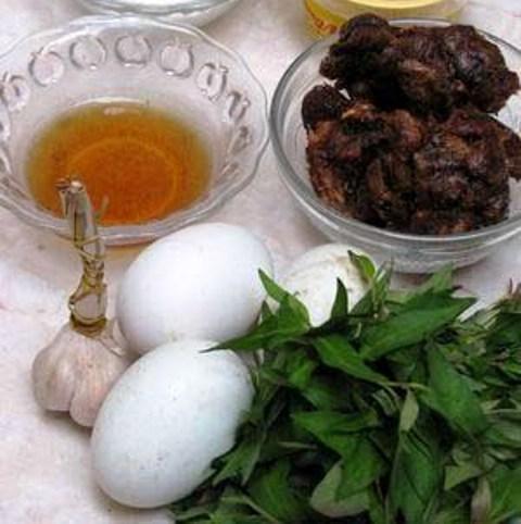 Đời sống - Cách làm trứng vịt lộn rim me bổ dưỡng