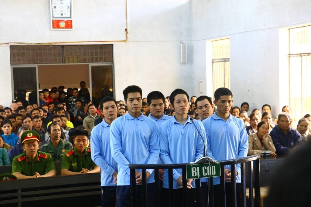 Hồ sơ điều tra - Đắk Lắk: Hiếp dâm tập thể bé gái 12 tuổi, 6 thanh niên lãnh án