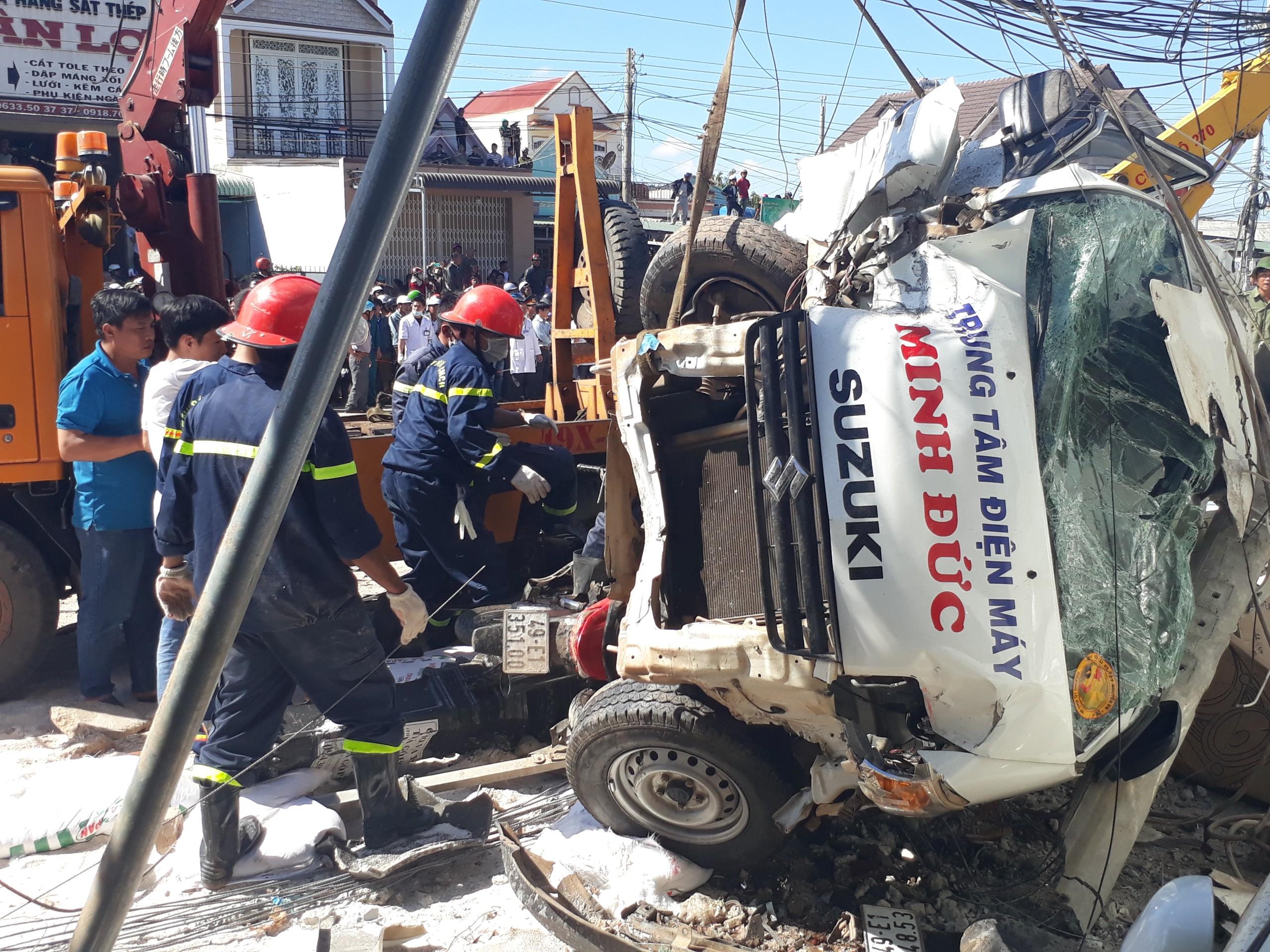 Tin nhanh - Vụ tai nạn 5 người tử vong: Xe tải chạy quá tốc độ gần 100%