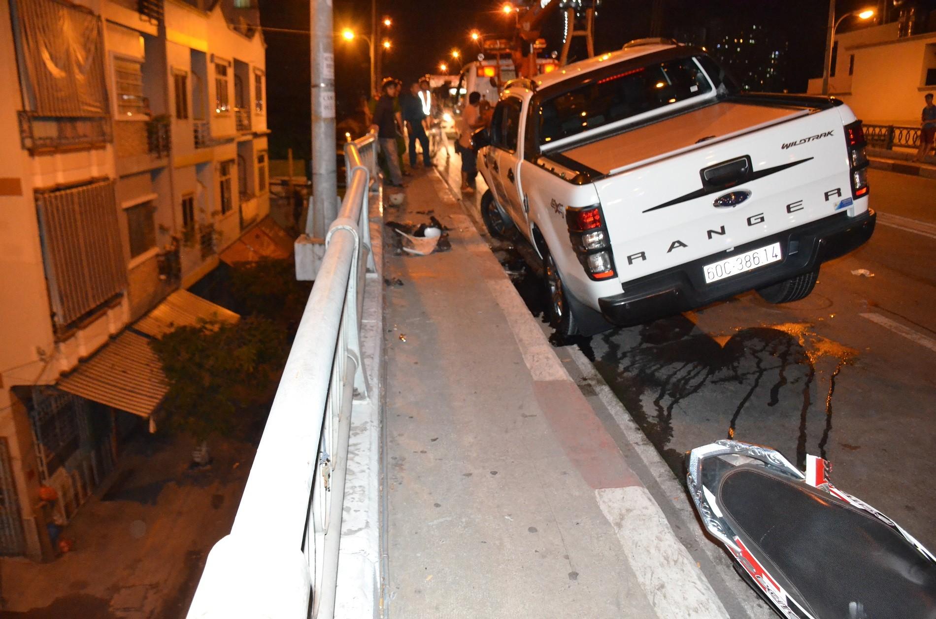 Tin nhanh - Người đàn ông bị ô tô tông văng từ trên cầu xuống đất tử vong