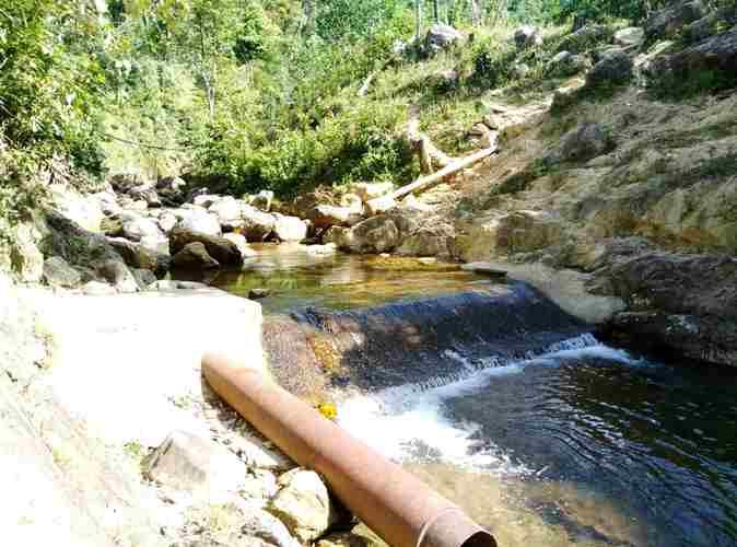 """Chính trị - Xã hội - Thừa Thiên – Huế: Dân """"chê"""" nước sạch dùng nước... suối"""