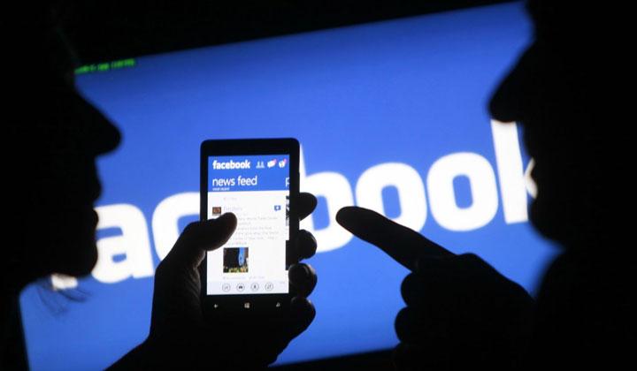 """Xã hội - Lên Facebook đòi Bộ trưởng Y tế """"nghỉ"""" với lời lẽ khiếm nhã, một bác sĩ bị phạt 5 triệu đồng"""