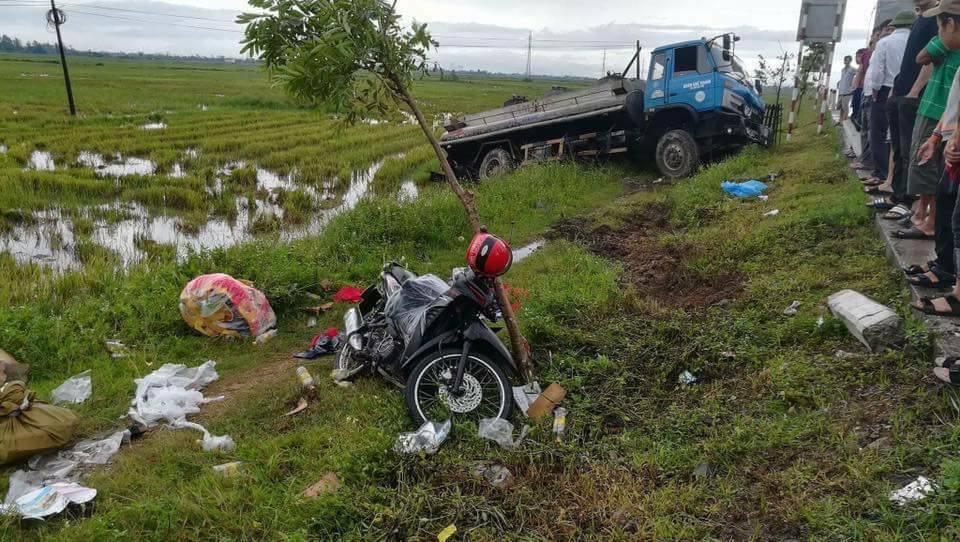 Xã hội - Mua bánh Trung Thu về, một phụ nữ bị tai nạn tử vong
