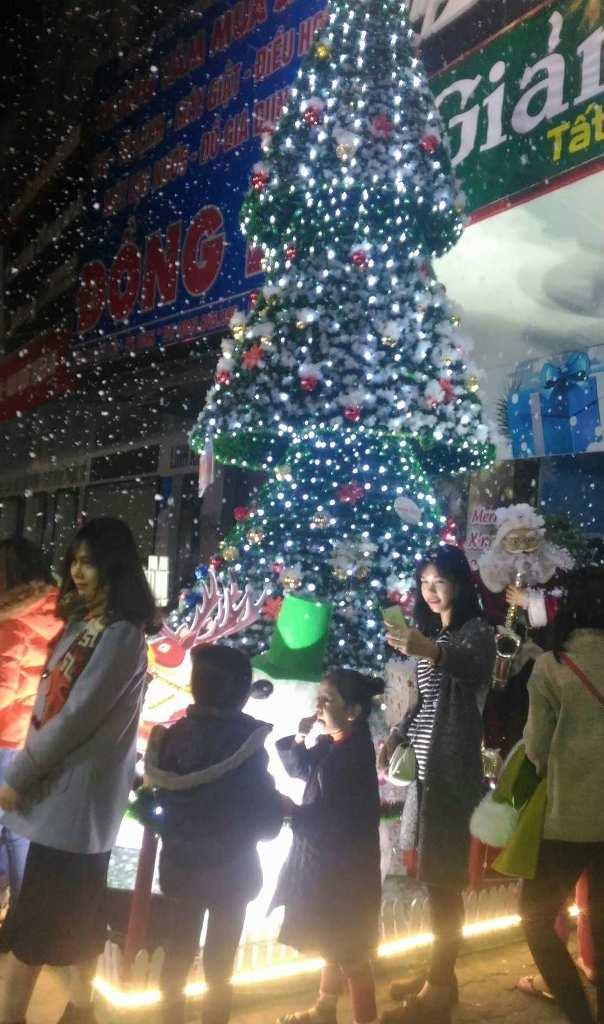 Những địa điểm không thể bỏ qua trong mùa Noel tại miền Trung - Hình 3