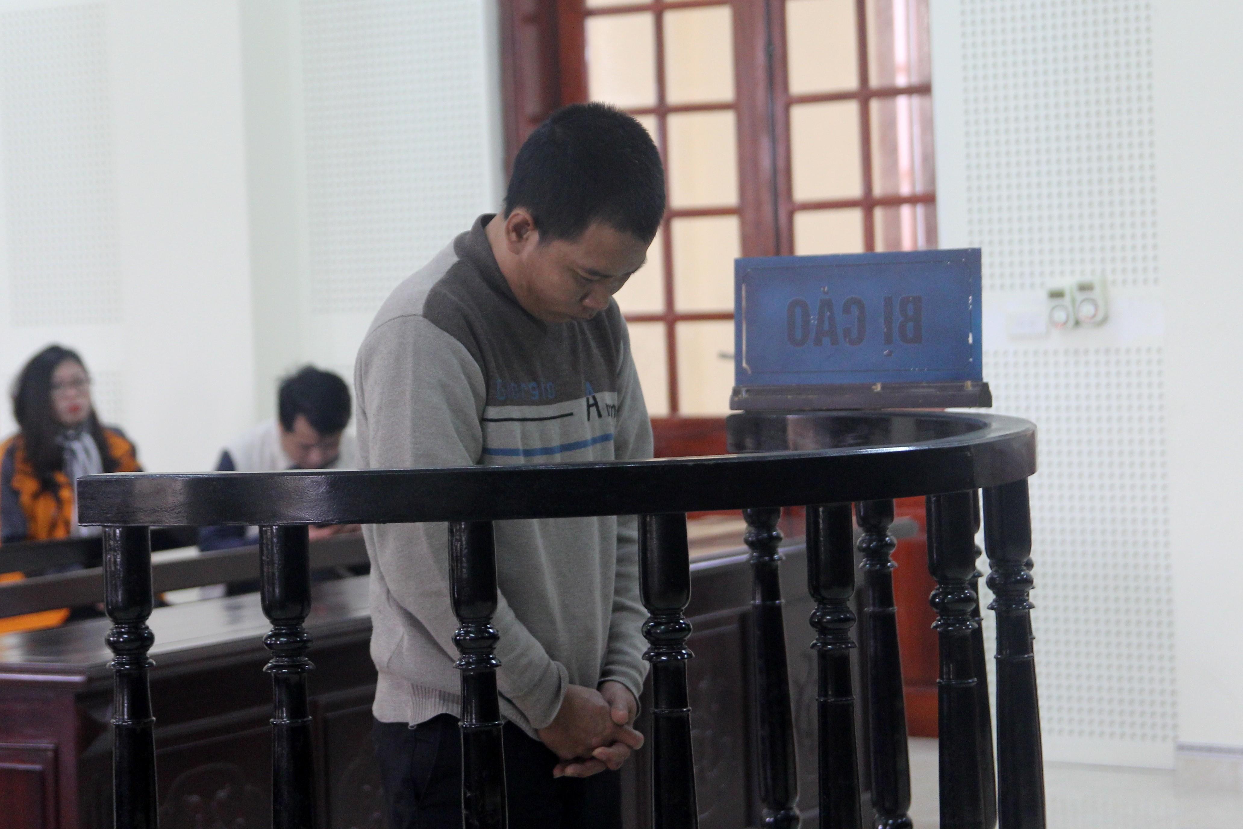 Hồ sơ điều tra - Bố hiếp dâm con gái ruột, khai say rượu không nhớ… lĩnh án 13 năm tù