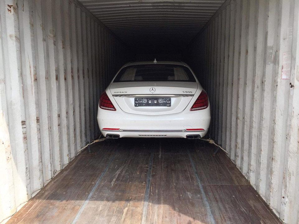Thị trường xe - Mercedes-Maybach S600 Pullman hiếm, độc, đắt đầu tiên về Việt Nam (Hình 2).