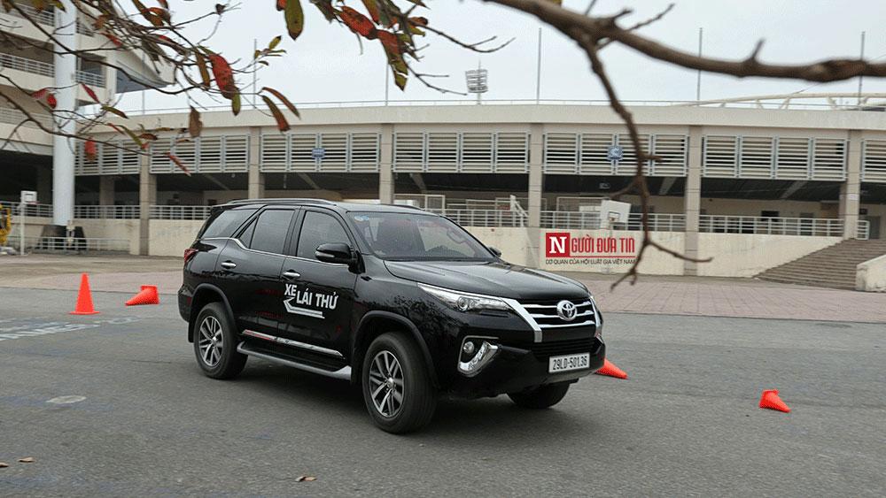 Đánh giá xe - 10 xe ô tô ế nhất thị trường Việt tháng 2/2018 (Hình 2).