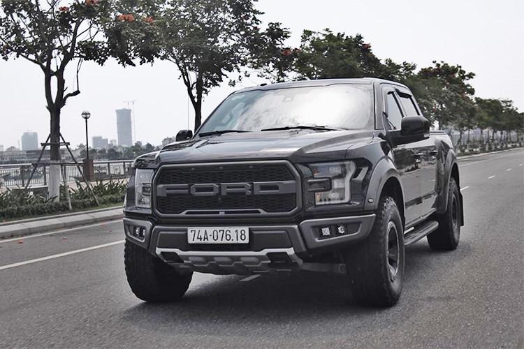 Thú chơi xe - 'Khủng long' Ford F-150 Raptor về tay đại gia Quảng Trị