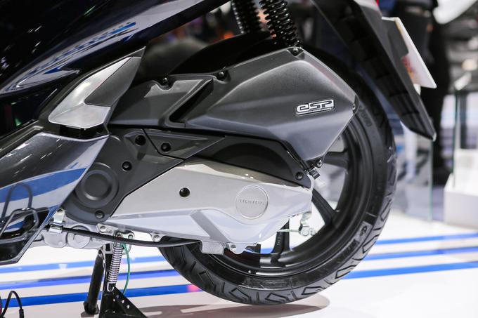 Thị trường xe - Honda PCX Hybrid - Xe máy chạy xăng lai điện đầu tiên trên thế giới (Hình 5).