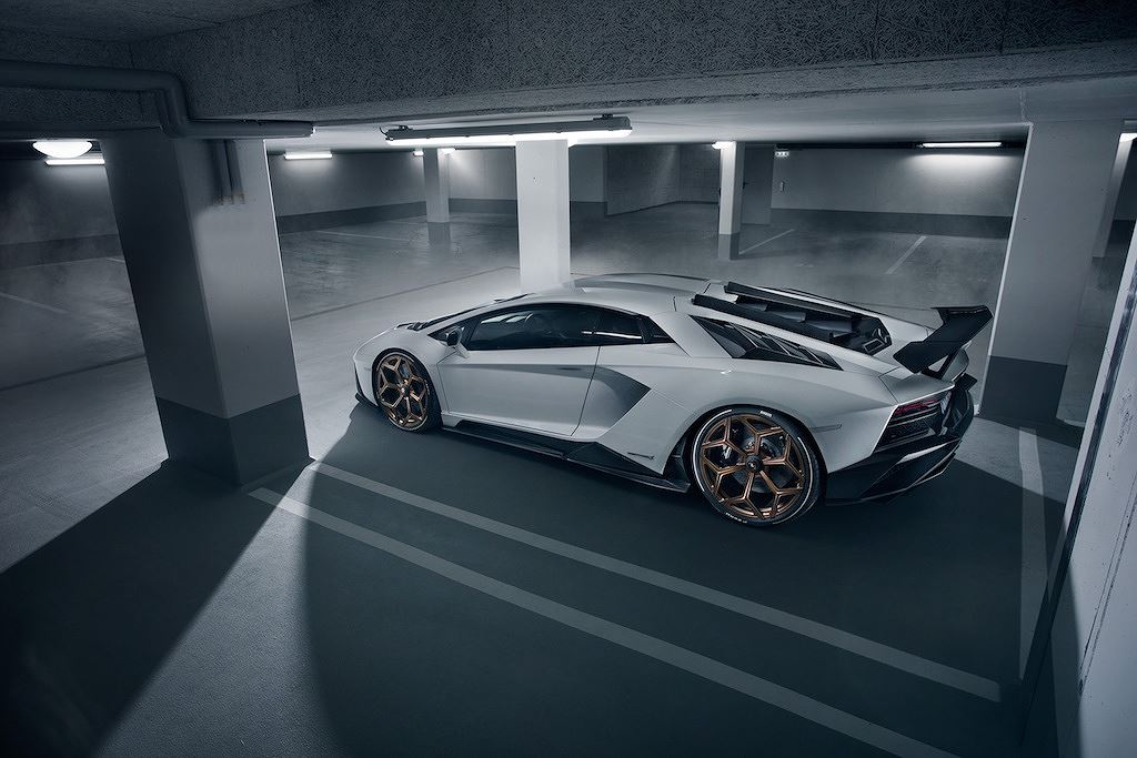 Thị trường xe - Siêu bò Lamborghini Aventador S 'qua tay' Novitec: Nhanh, mạnh, hầm hố hơn (Hình 3).