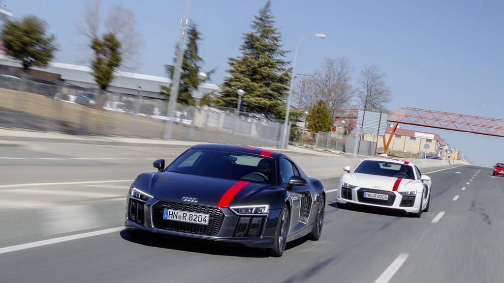 Thị trường xe - Siêu xe đường phố Audi R8 V10 có phiên bản giá rẻ