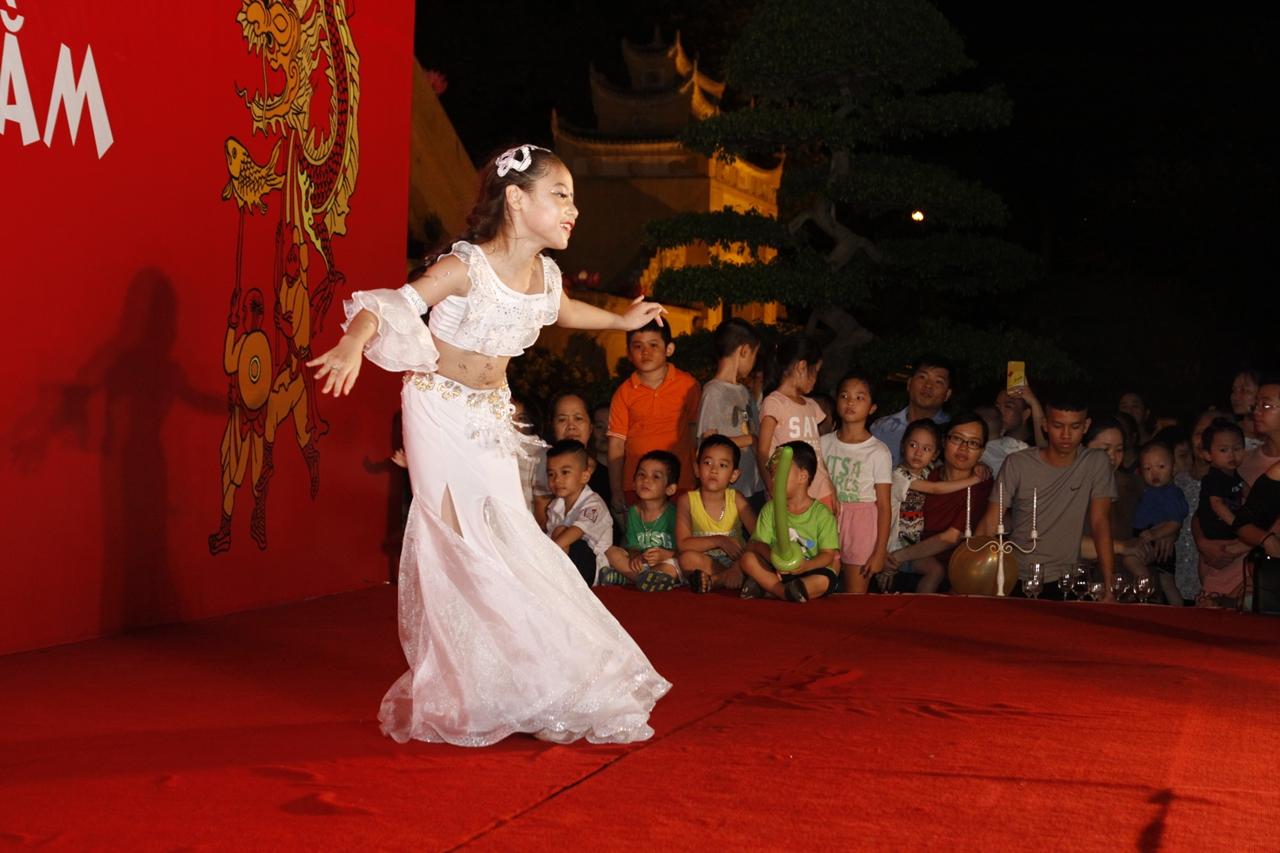Vui tết Trung thu lung linh sắc màu ở Hoàng Thành Thăng Long - Hình 7