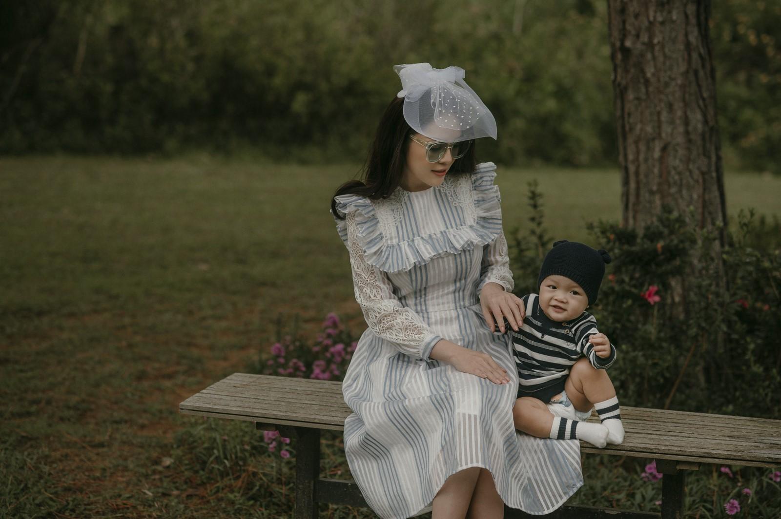 Giải trí - Dương Cẩm Lynh: 'Con trai đã cùng tôi chịu những mệt mỏi từ khá sớm'