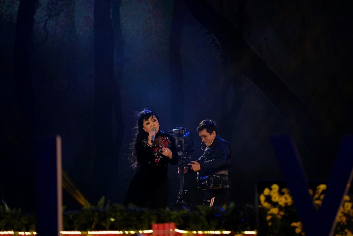 Duyên dáng Việt Nam lần thứ 29: Danh ca Tuấn Ngọc và em gái tự hào hát trên quê hương Đà Lạt - Hình 6