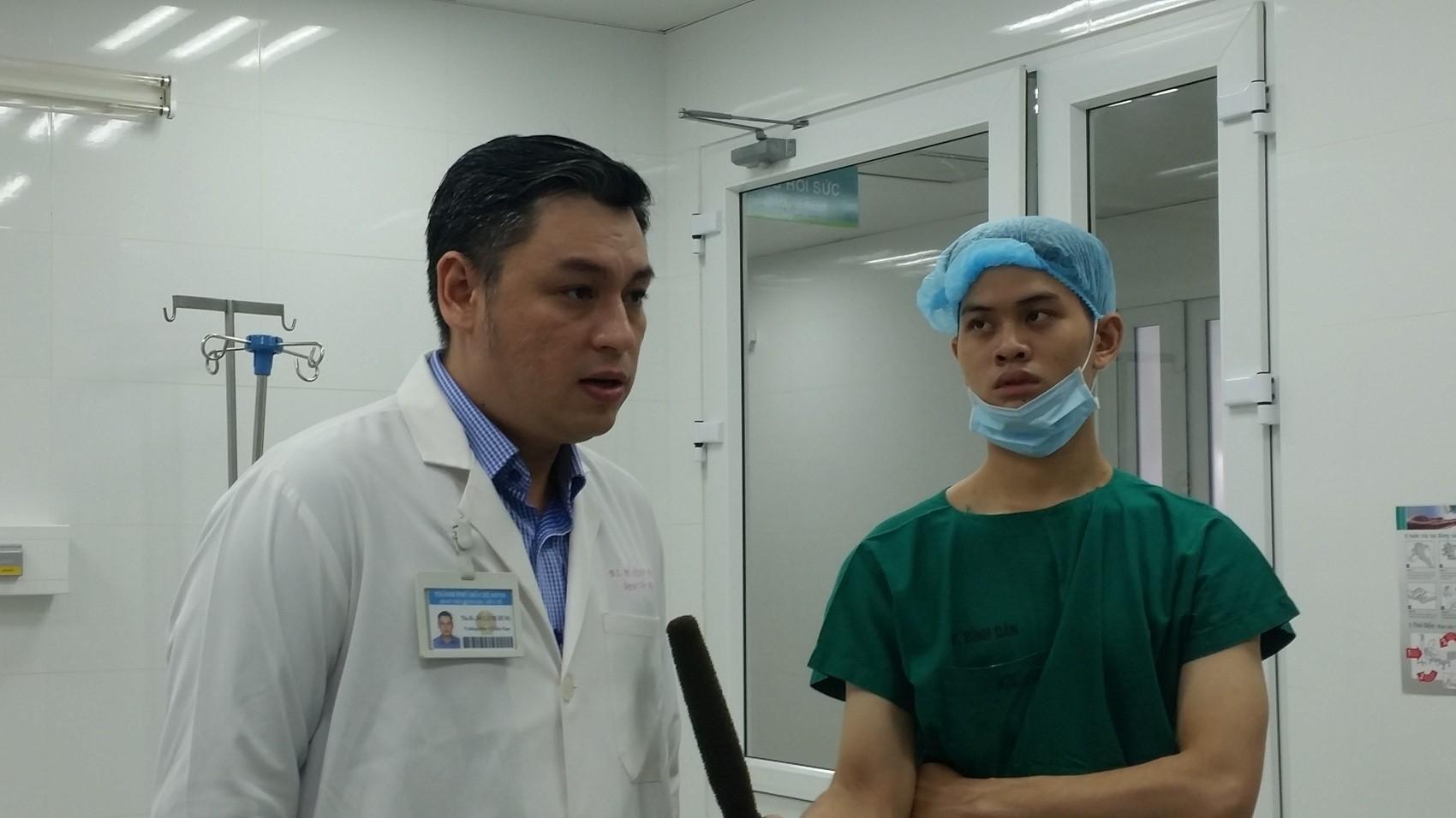 Các bệnh - Điều trị ung thư tuyến tiền liệt bằng phẫu thuật robot